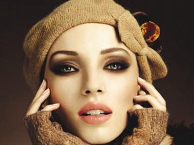 唇形化立体妆容如何打造?